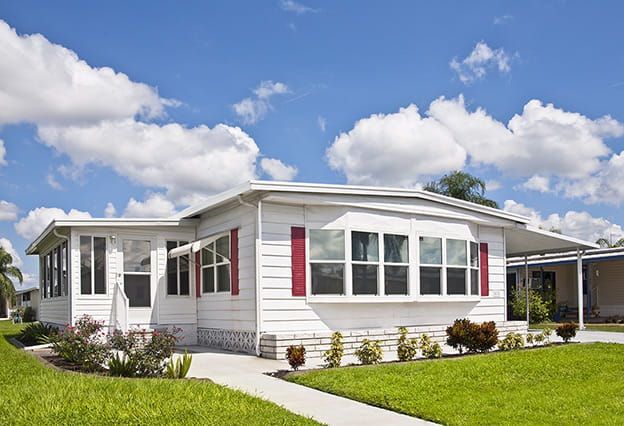 nea_mobile_home_insurance_624x426